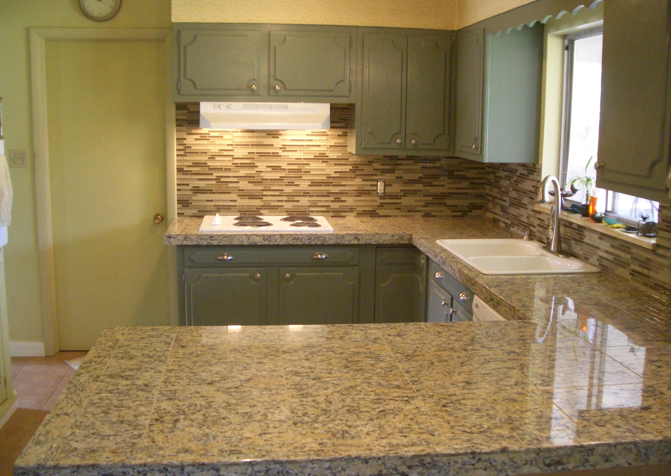 Glass Tile Kitchen Backsplash Special – Only $899!